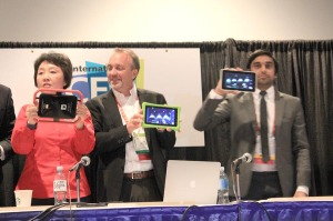 competitors showing off tablets